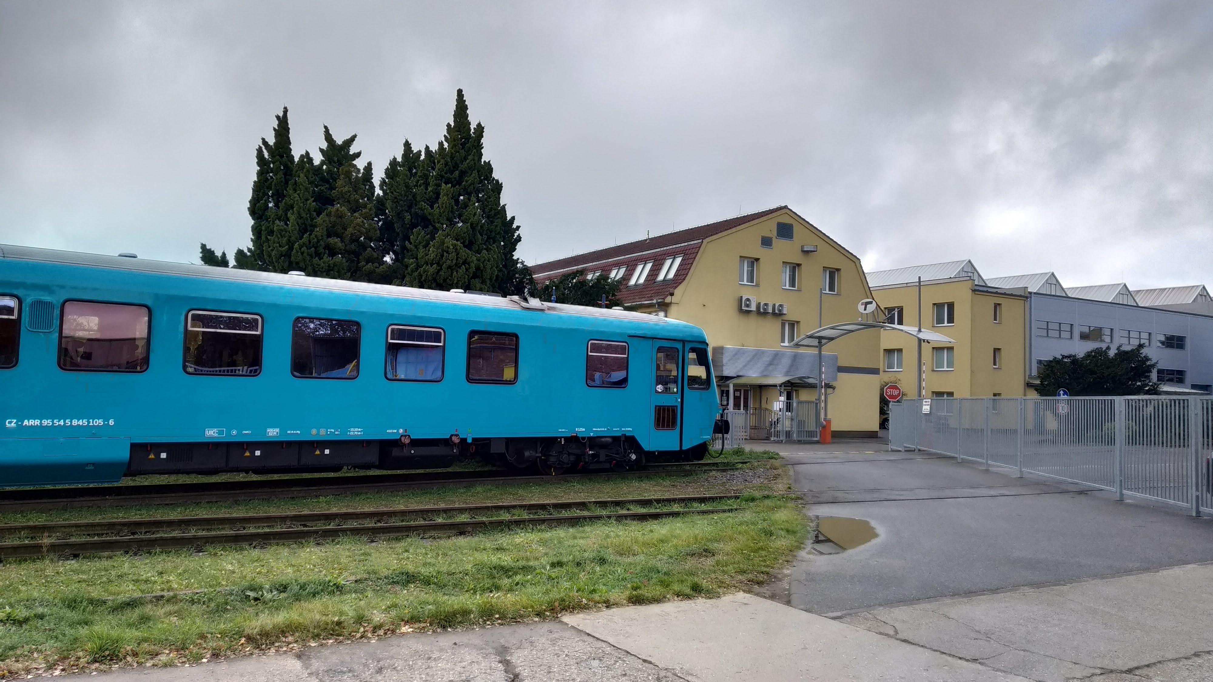 Vlaky opět na Baťovce